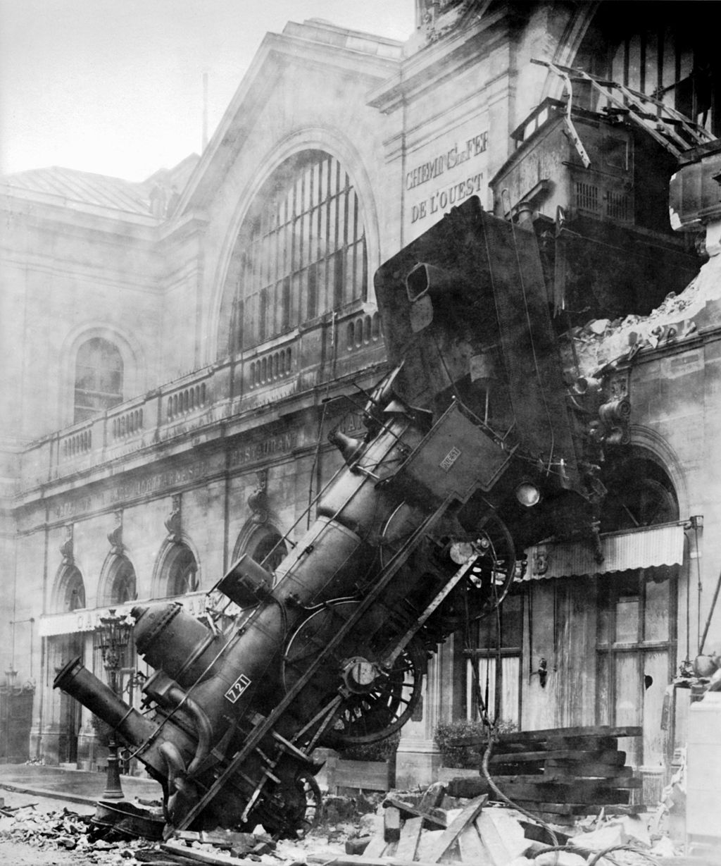 Train wreck at  Montparnasse, 1895